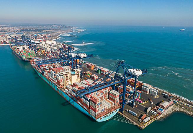 La portacontenedor Sovereign Maersk en STI