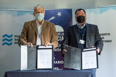Puerto San Antonio y Parque de la Ciencia de Santo Domingo firman convenio para realización de actividades educativas
