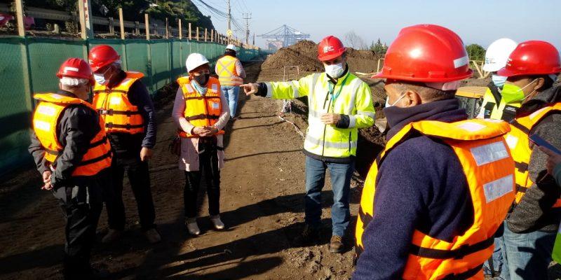 Puerto San Antonio presenta a vecinos obras del Paseo Borde Costero Norte