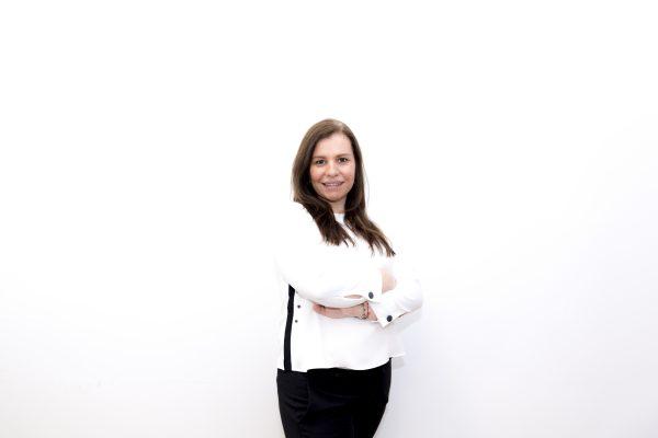 Amparo Mestre: Acompañamiento en la toma de decisiones y los servicios de inteligencia de mercado
