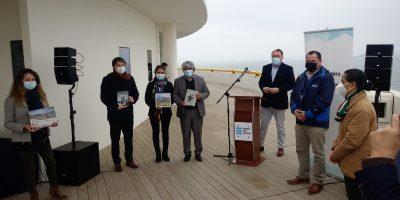 Puerto San Antonio y Fundación ProCultura entregan 400 libros a colegios de la provincia