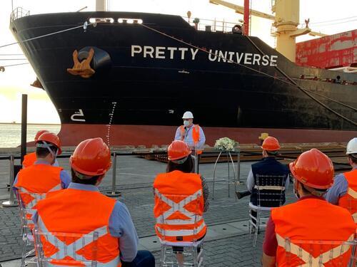 Trilhos da FIOL são entregues e recebem certificação técnica no Porto de Salvador